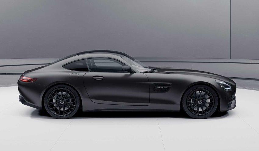 نمای جانبی مرسدس بنز AMG GT مدل 2021