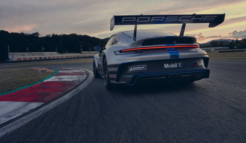 نمای عقب پورشه 911 GT3 Cup