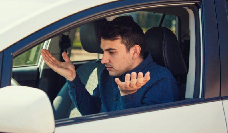 خاموش شدن ناگهانی خودرو در هنگام رانندگی