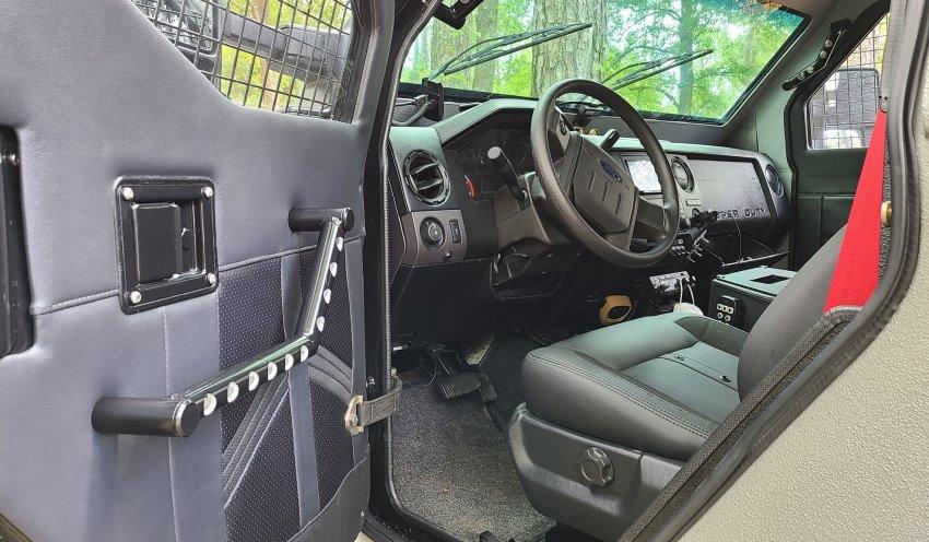 کابین خودروی زرهی Gurkha فورد F-550