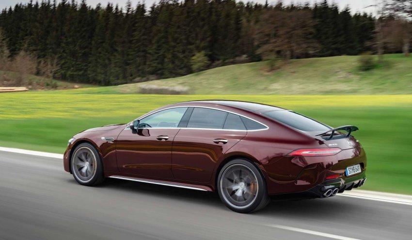 نمای عقب مرسدس AMG GT چهار درب 2022