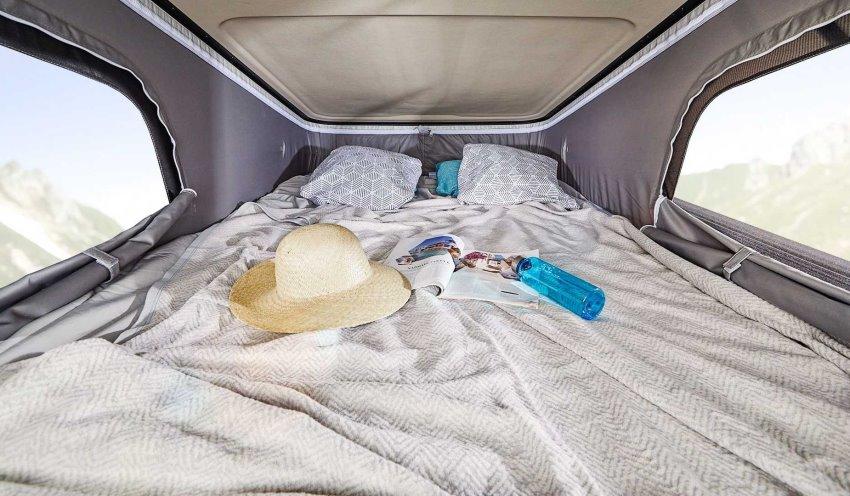 تخت خواب رنو ترافیک کمپر Ahorn Camper