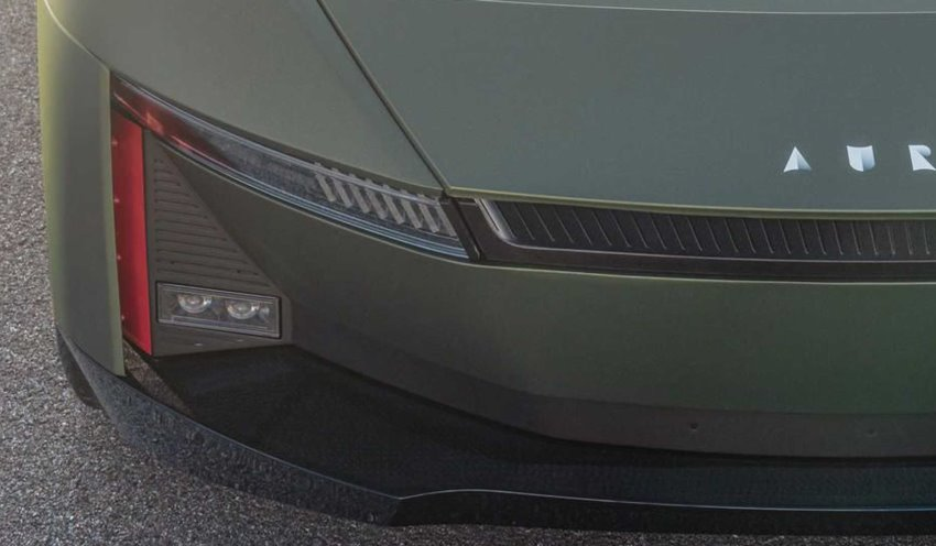 پروفیل جلو خودروی الکتریکی aura